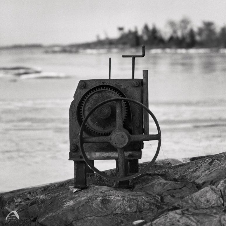 Hasselblad 500CM Planar 100/4 Ilford HP5+ Kodak 110B